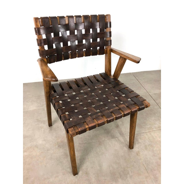 1950s Pair of Mid-Century Modern Leather Webbed Chairs For Sale - Image 5 of 10