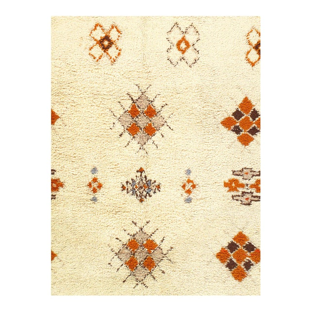 Genuine fine Moroccan very decorative modern style of the rug will give your room a contemporary accent. 100% lamb's wool...