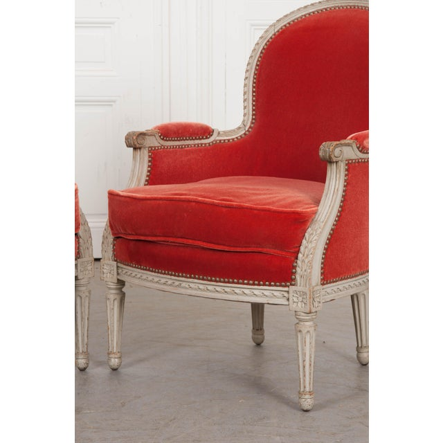 French 19th Century Louis XVI Style Bergères -A Pair For Sale In Baton Rouge - Image 6 of 12