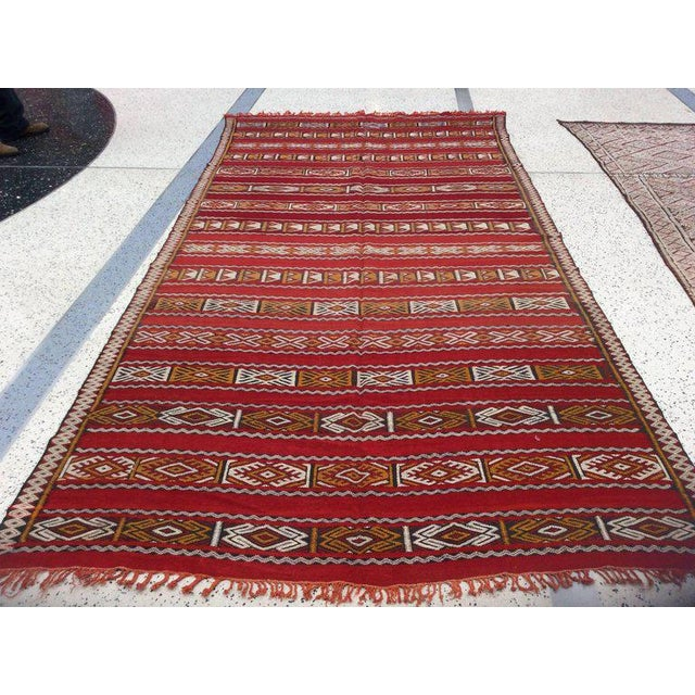 A weaving technique that has been passed down from generations to generations makes Moroccan Berber rug such a fine...