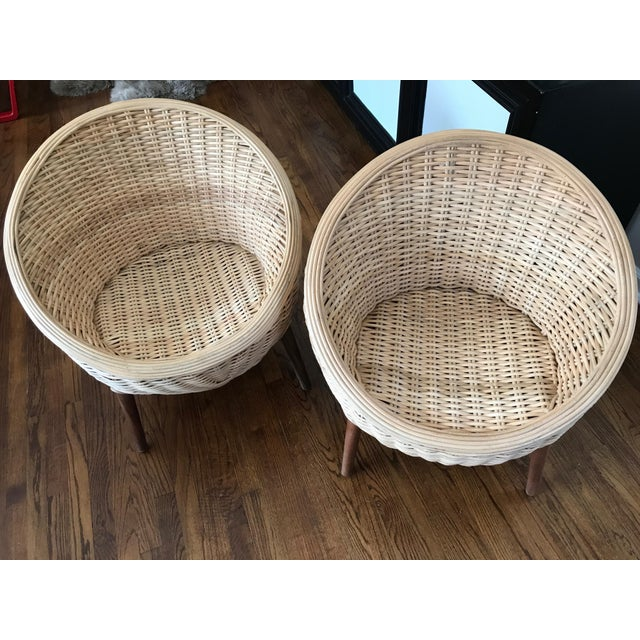 Rattan Barrel Tub Chairs Danish Modern Style With Wood Legs - Pair - Image 10 of 13