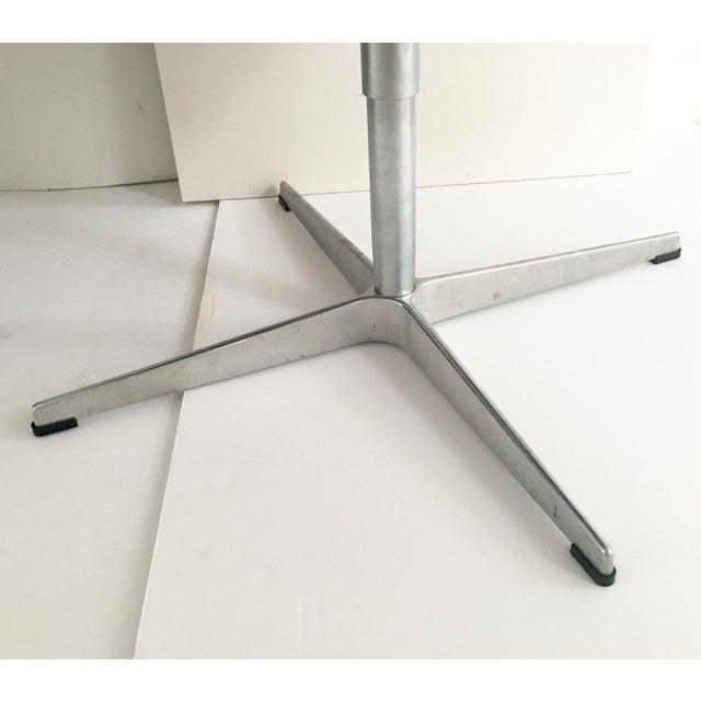 Arne Jacobsen for Fritz Hansen Swivel Swan Chairs - A Pair - Image 7 of 9