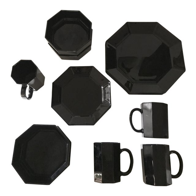1980s Arcoroc Octime Black Octagon Dinnerware - Set of 16 For Sale