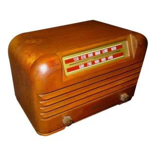 1941 Philco Wood Table Radio For Sale