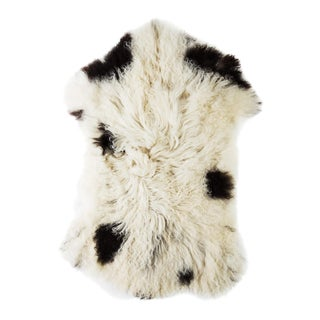 "Contemporary Natural Sheepskin Pelt -1'10""x3'0"" For Sale"