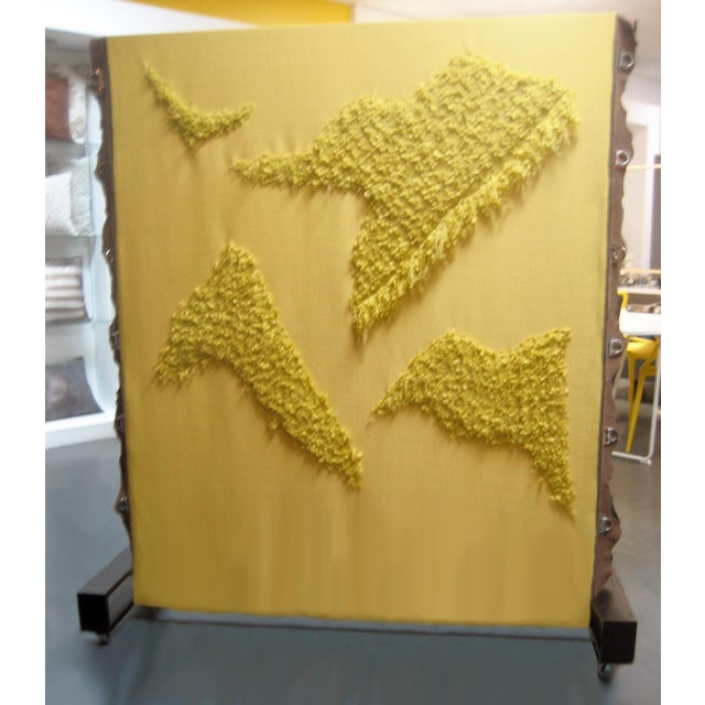 Amazing design, an easy to move, practical piece of room art. Thanks to velcro closures at the bottom of the panel, the...