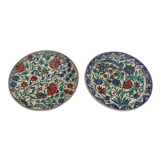 IKaros Hand Painted Carnations & Tulips Decorative Plates - a Pair For Sale