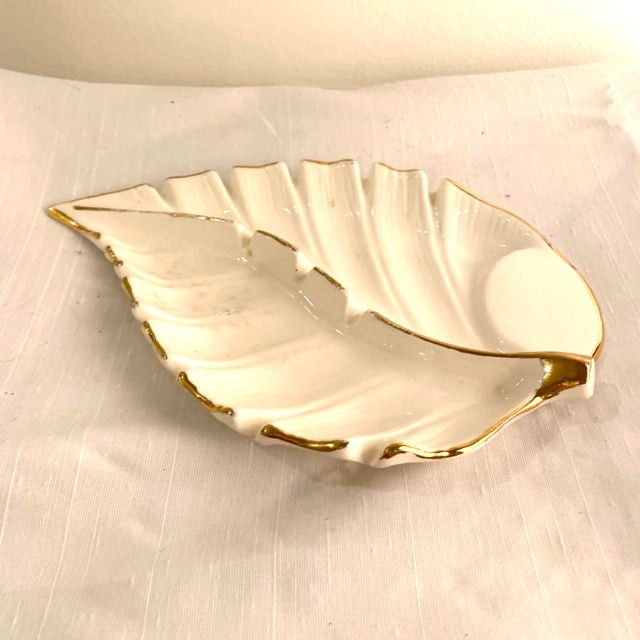 Hollywood Regency White and Gold Hollywood Regency Ashtray Catchall For Sale - Image 3 of 6