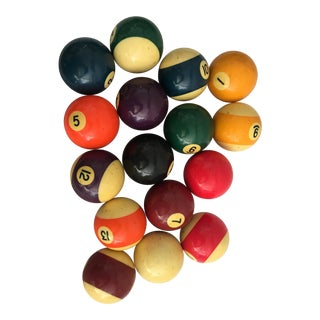 Vintage Bakelite Billiard Balls Box - Set of 16 For Sale