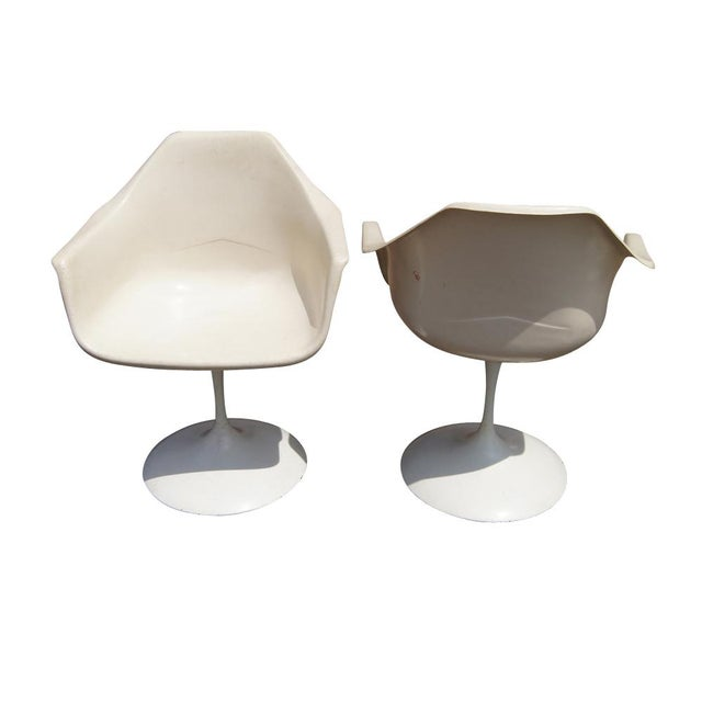 Mid 20th Century Vintage White Burke Tulip Dining Set For Sale - Image 5 of 9