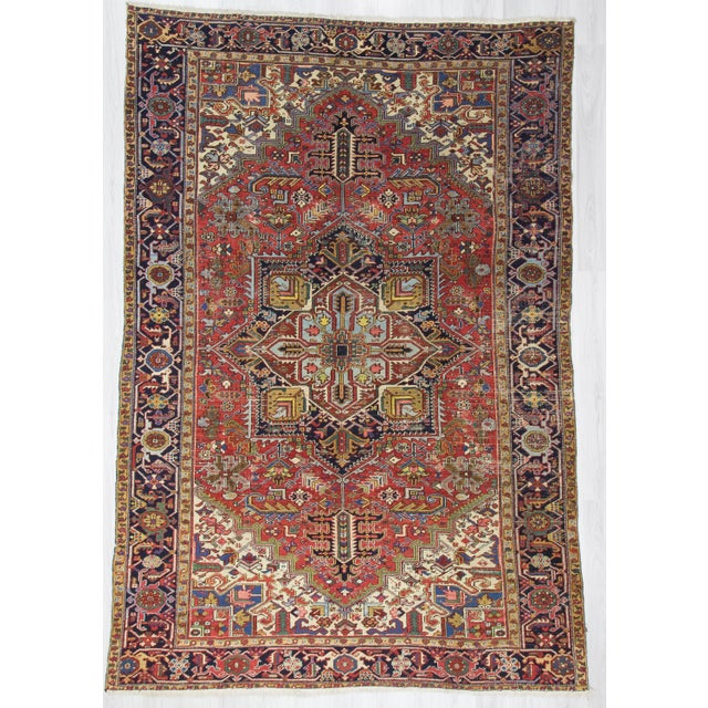 Large Vintage Persian Hareez Wool Rug - 7′9″ × 11′5″ For Sale In Los Angeles - Image 6 of 6