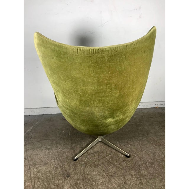 1960s Early Original Egg Chair by Arne Jacobsen for Fritz Hansen For Sale - Image 5 of 10