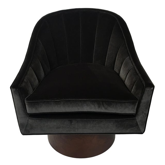 Pair of Velvet Swivel Chairs by Harvey Probber For Sale In San Francisco - Image 6 of 9