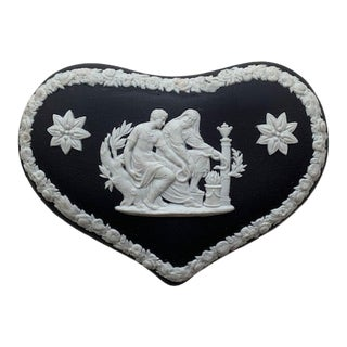Vintage Wedgwood Black Jasperware Heart-Shaped Dresser Box For Sale