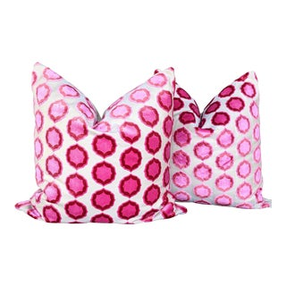 Contemporary Manuel Canovas Tiana Cut Velvet Cowtan and Tout Velvet Pillows - a Pair For Sale