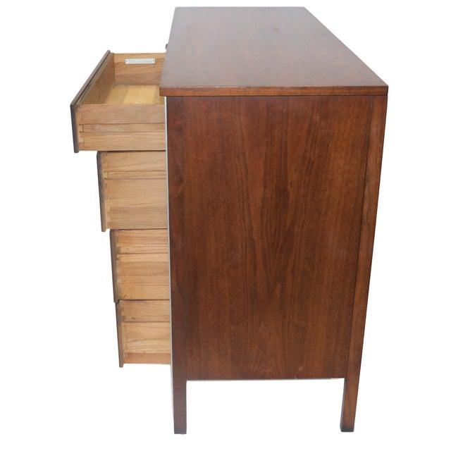Paul McCobb Mid-Century Walnut Dresser - Image 5 of 10