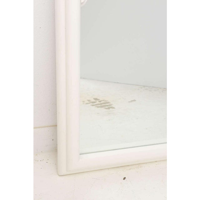 Late 20th Century Dorothy Draper Hollywood Regency Art Deco Style Mirror in White Lacquer For Sale - Image 5 of 11