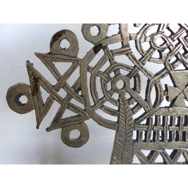 20th Century Ethiopian Coptic Cross on Lucite Base For Sale In Miami - Image 6 of 7