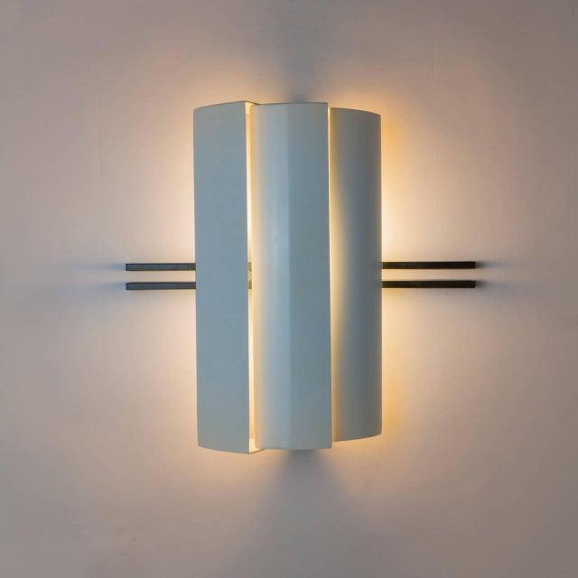"Modern Pair of ""Stria"" Sconces by Ernesto Gismondi for Artemide For Sale - Image 3 of 10"