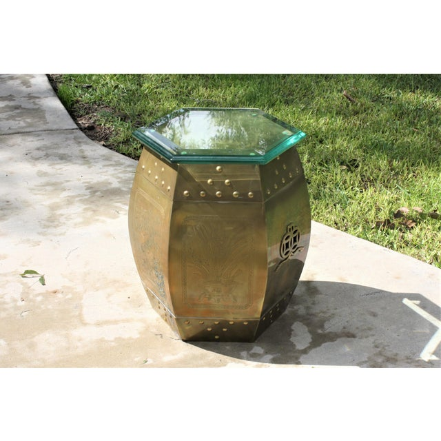 Vintage 70s Chinese Chinoiserie Style Brass Hexagonal Garden Seat / Stool / Side Table W/Glass Top For Sale - Image 13 of 13