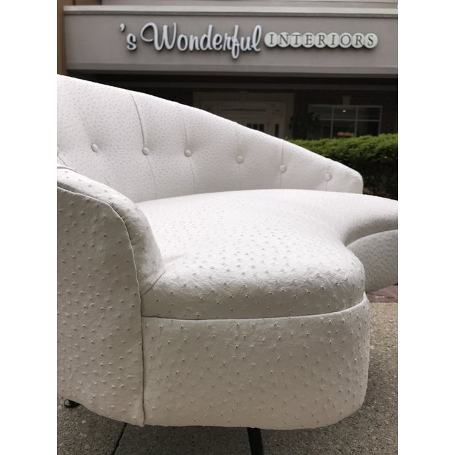 Mid-Century-Modern Round Lounge Chair and Ottoman Space-Age White Vinyl For Sale - Image 9 of 12