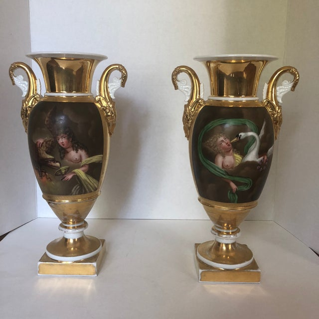 Set of Two 19th Century French Old Paris Porcelain Vases For Sale - Image 12 of 12