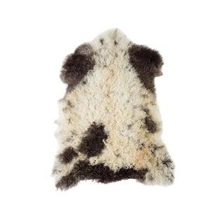 """Contemporary Natural Sheepskin Pelt - 2'1""""x2'10"""" For Sale"""