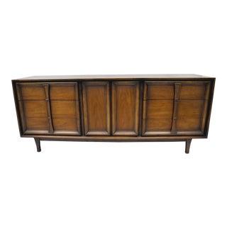 Vintage Mid-Century Modern Walnut Dresser For Sale