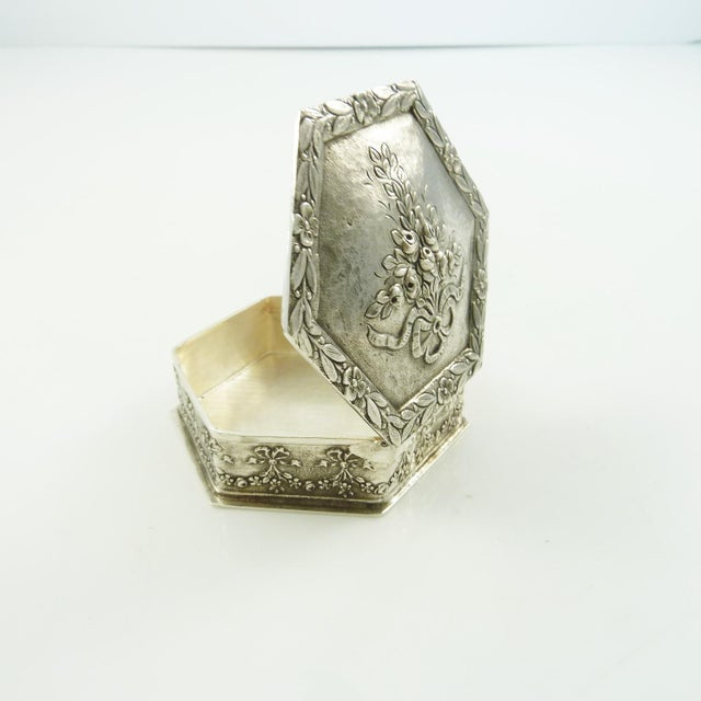 French Sterling Silver Box, Ribbons and Floral Motifs For Sale - Image 4 of 7