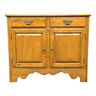 Ethan Allen Circa 1776 Collection Colonial Maple Buffet For Sale