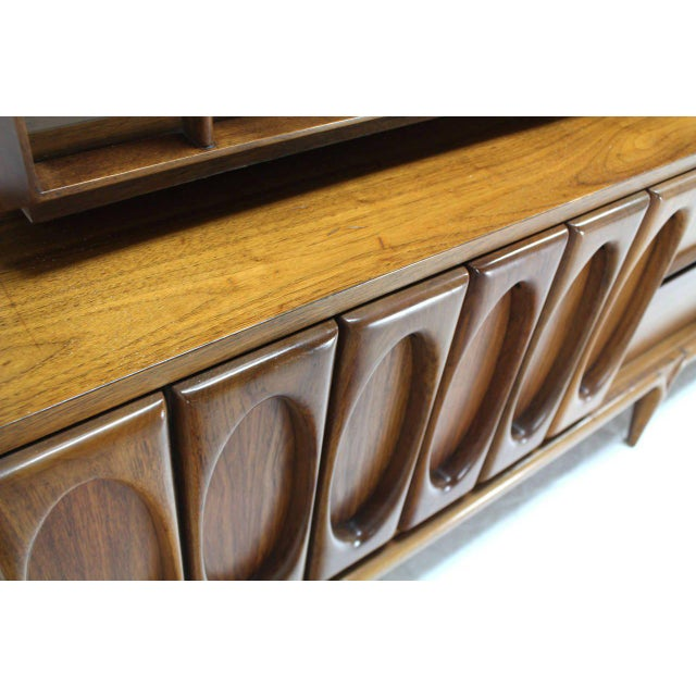 Large Heavily Carved Front Walnut Two Part Breakfront Bookcase Cabinet For Sale In New York - Image 6 of 7