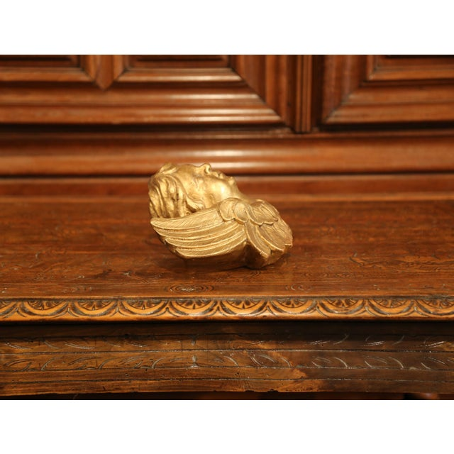19th Century French Carved Giltwood Cherub With Wings Wall Hanging Sculpture For Sale In Dallas - Image 6 of 9