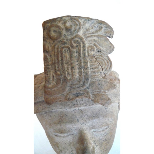 Mayan Pre-Columbian Feathered Headdress Bust, 5th to 7th Century Ce For Sale In San Francisco - Image 6 of 8