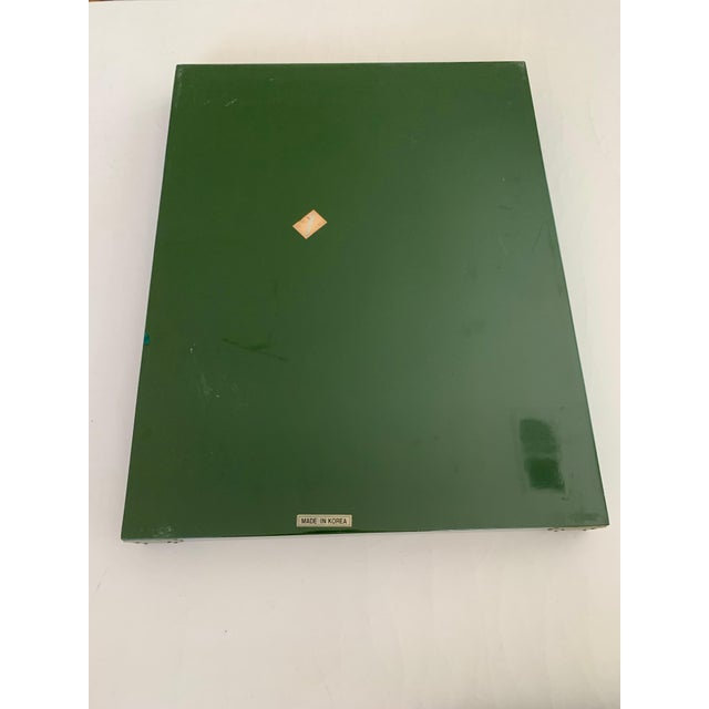 """Green Roe Kasian, """"British Racing Car Green"""" Lacquer Tray - 1970's For Sale - Image 8 of 11"""