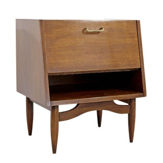 Mid-Century Modern American Martinsville Dania Gershun Side End Table Nightstand For Sale