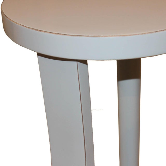 Contemporary Contemporary Round Gray Cocktail Table For Sale - Image 3 of 7