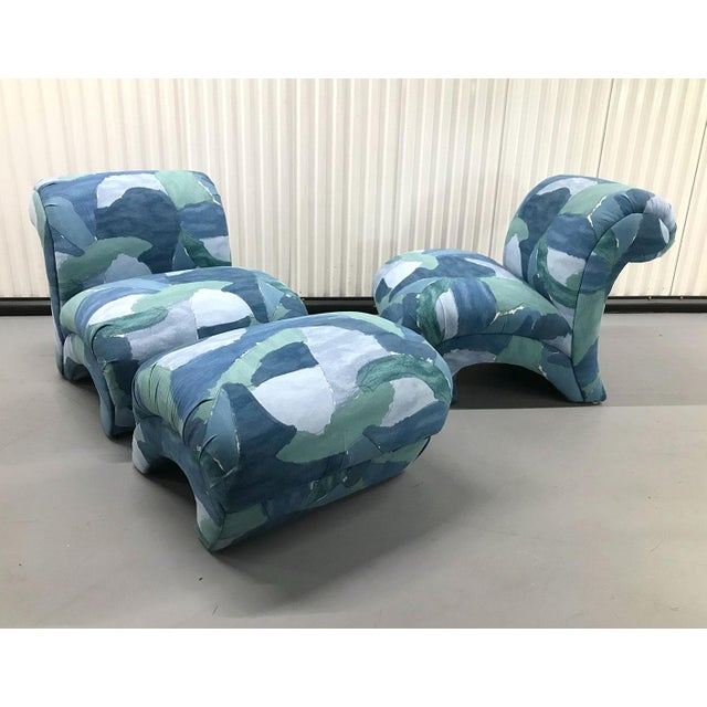 Fabulously curvy lounge chairs with matching ottoman, circa 1980s. Fabric is large-scale repeat of an abstract painting...