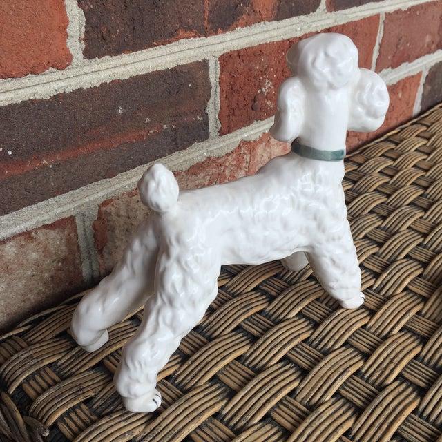 Vintage Ceramic Staffordshire Style Poodle Dog Figurine - Image 5 of 11