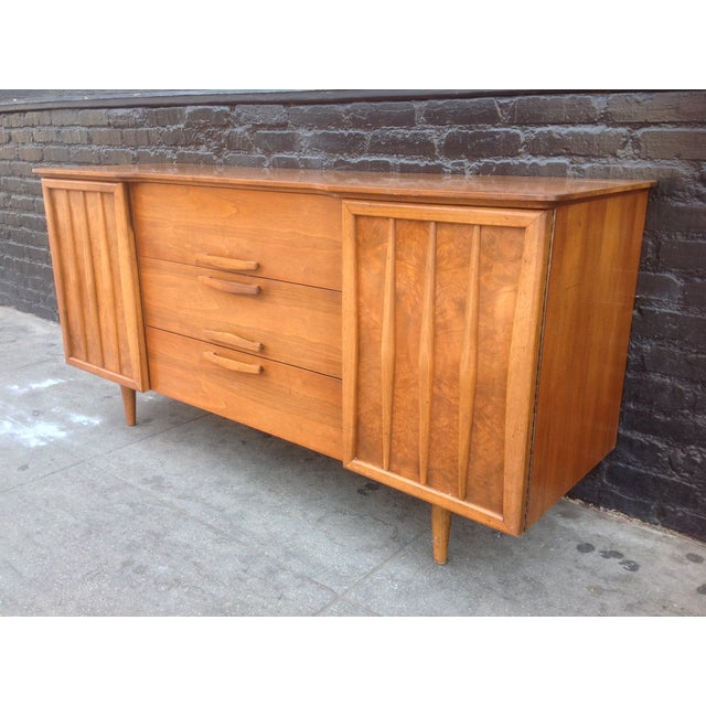 3-Drawer Bird's Eye Maple Credenza For Sale In Los Angeles - Image 6 of 7