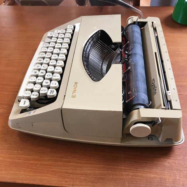 Mid-Century Royalite Typewriter With Carrying Case - Image 3 of 8