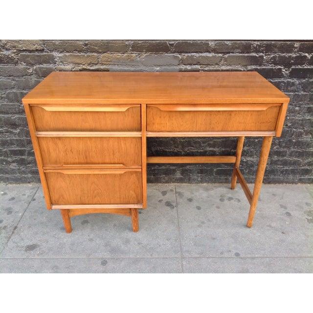 Wood Kroehler Mid-Century Modern Desk For Sale - Image 7 of 7