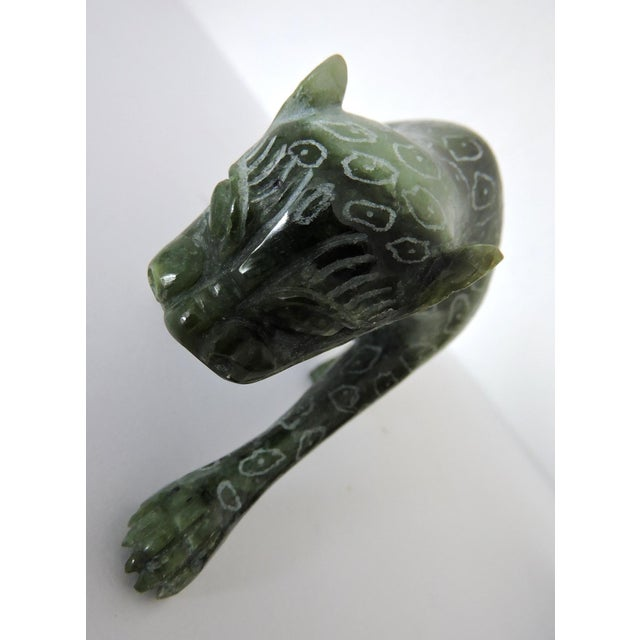 Green Chinese Jadeite 'Cloud Leopards' - Sculptures / Statues, a Pair For Sale - Image 8 of 8