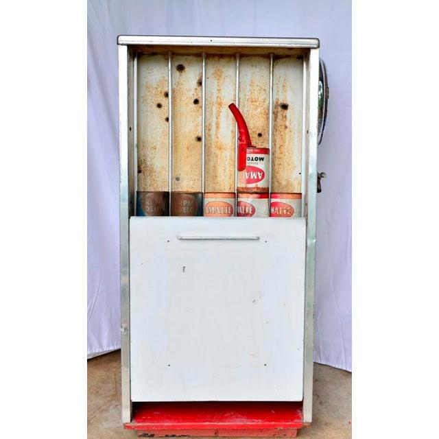 Vintage Mobil Oil Pegasus Advertising Display Cabinet For Sale - Image 9 of 13