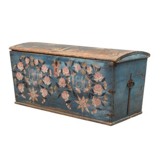 19th Century Swedish Blue and Pink Wooden Wedding Chest For Sale