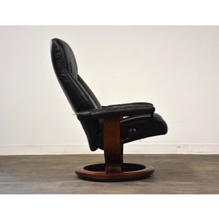Black Leather Ekornes Stressless Recliner Lounge Chair Preview