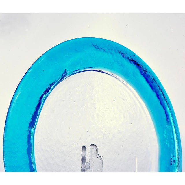 1990s Clear Round Vetri Murano Glass Platter With Blue Rim For Sale - Image 5 of 7