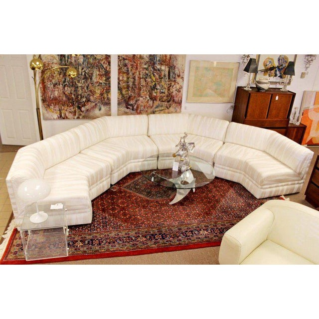 Mid-Century Modern Four-Piece White Octagon Sectional Sofa Baughman, 1970s For Sale - Image 12 of 13