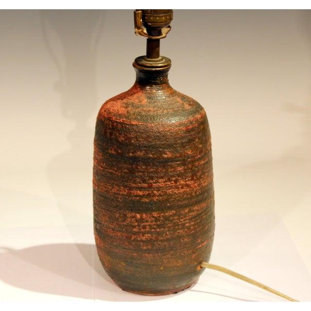 1950s Vintage Polia Pillin Pottery Lava Sand Textured Mid Century Mid-Century Modern Studio Vase Lamp For Sale - Image 5 of 9