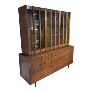 1960's Mid-Century China Cabinet by Young Manufacturing For Sale
