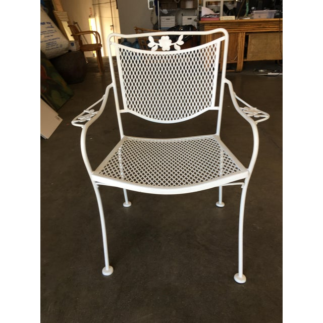 Metal Woodard Company Mesh Outdoor/Patio Chair With Leaf Pattern Arms - Set of 4 For Sale - Image 7 of 8